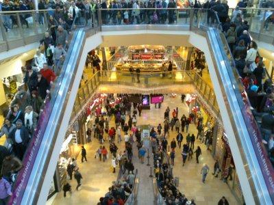 Las increíbles vicisitudes de trabajar en comercio el fin de semana de Reyes