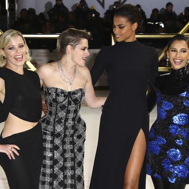 El negro se convierte en el color protagonista de la premiere de Los ángeles de Charlie con Kirsten Stewart como protagonista