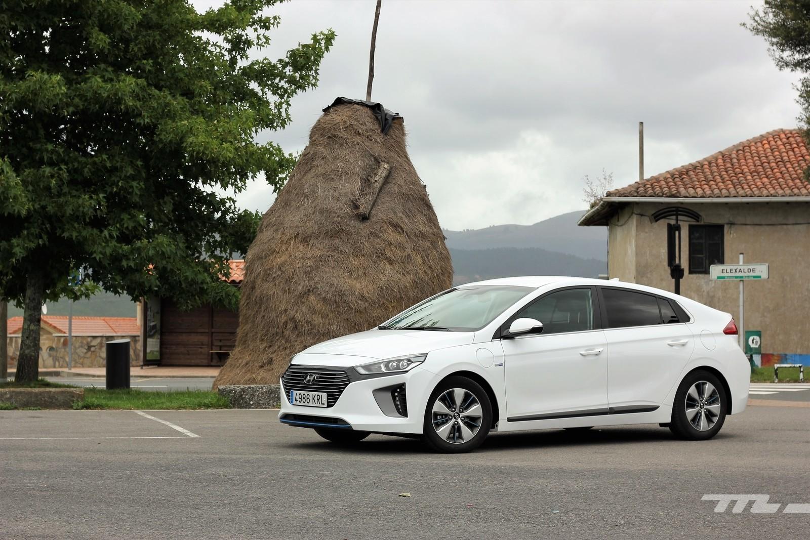 Foto de Hyundai IONIQ Híbrido Enchufable (1/42)