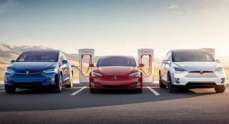 Elon Musk promete que en 2019 habrá un 100% de cobertura de supercargadores de Tesla en Europa