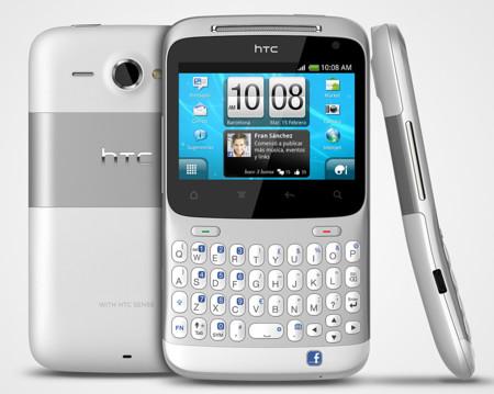 9fc592b1a54 La marca taiwanesa no se olvidó de los teclados físicos y en 2011 lanzaban  el HTC ChaChaCha, un smartphone pensado especialmente para chatear y usar  redes ...