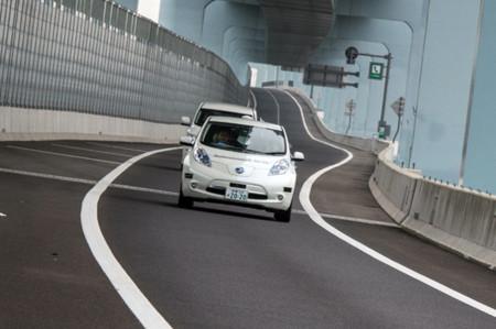 Nissan Leaf Piloted Drive 1.0 concept: otro que se suma a la conducción autónoma