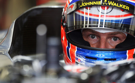 Jenson Button destroza el cronómetro y se lleva una pole position espectacular