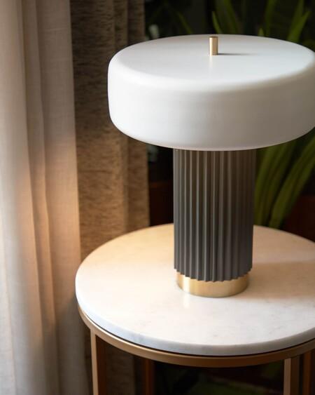 Lámpara de mesa Serenella