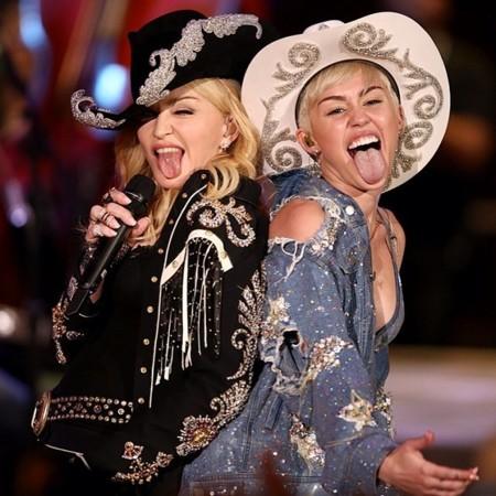 Miley Cyrus y a Madonna