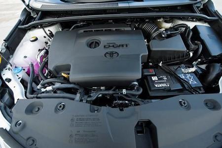 Toyota Avensis motor