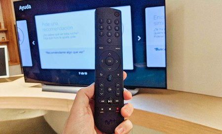 Movistar+ quiere su propio Fire Stick y presenta un mando activado por voz para sus decodificadores UHD