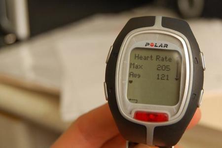 ¿Cuál es la fórmula más precisa para calcular nuestra frecuencia cardíaca máxima o FCM?