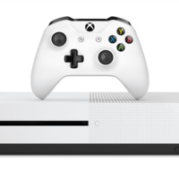 Microsoft no quiere ser menos que Sony  y reduce temporalmente el precio de su Xbox One S en 50 euros