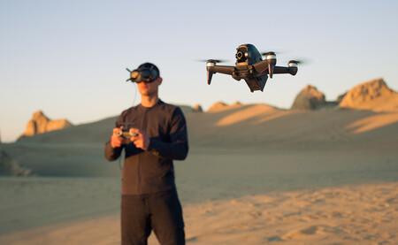 DJI FPV: este dron permite al piloto volar en primera persona hasta a 140 km/h con su visor de realidad virtual