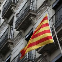 Una oferta de trabajo indica que Apple está preparando la versión de Siri en catalán y varios idiomas más