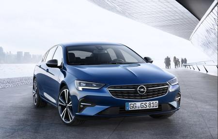 El Opel Insignia Grand Sport 2020 se pone al día con el nuevo estilo de la firma alemana