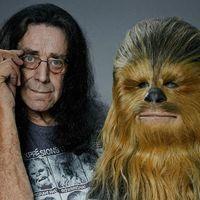 Peter Mayhew, el legendario y querido actor que dio vida a Chewbacca en 'Star Wars', muere a los 74 años