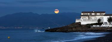 Cómo hacer mejores fotografías de la Luna usando desde una cámara réflex hasta un teléfono móvil