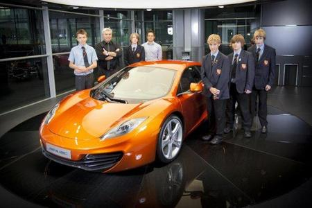 De excursión con el colegio a McLaren