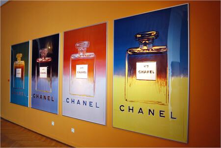 Nueve anécdotas curiosas del perfume Nº5 de Chanel que hemos descubierto en su biografía no autorizada