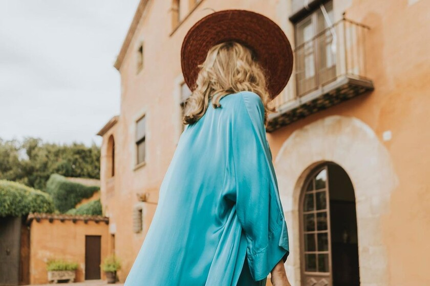 The most elegant guest dresses to wear at a day wedding in the middle of autumn