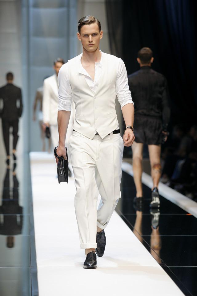 Foto de Milano Moda Uomo primavera-verano 2010: Dolce&Gabbana (12/16)