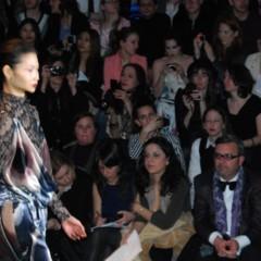 Foto 12 de 40 de la galería trendencias-en-el-desfile-de-custo en Trendencias