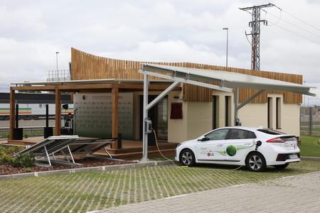 LG Hanok ThinQ, un concepto de hogar sostenible y conectado diseñado para producir, almacenar, ahorrar y compartir energía limpia