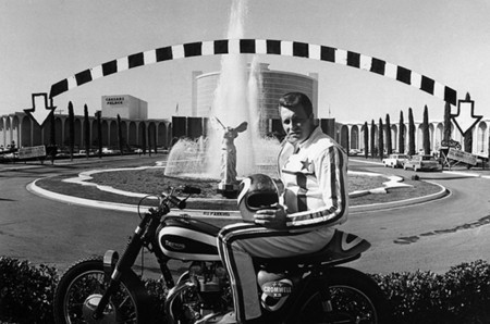 Evel Knievel Cesars Palace Fountain 02