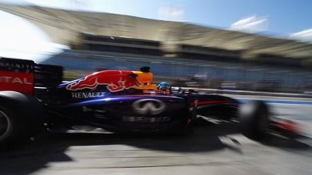 Helmut Marko admite que la mayoría de sus problemas vienen de Renault