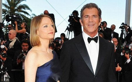 the-beaver-cannes-mel-gibson-jodie-foster.jpg