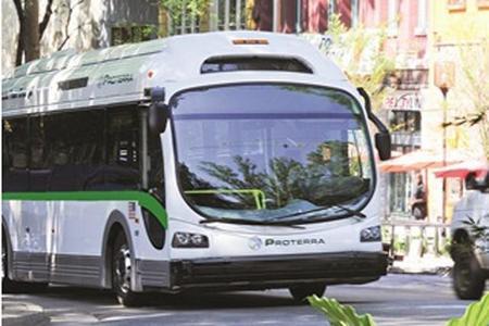 El fabricante de autobuses eléctricos Proterra vende 10 unidades en Kentucky