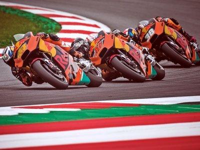 KTM despeja las dudas sobre su equipo de MotoGP: Smith se queda, Kallio seguirá en el banquillo