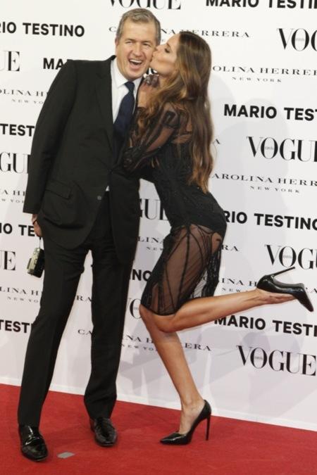 Mario Testino y Vogue España se rodean de famosos para celebrar el lanzamiento de su número de diciembre