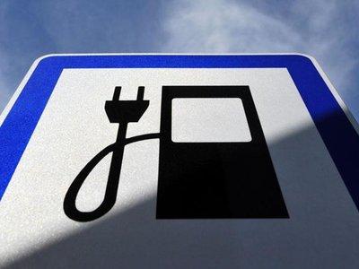China se une a la tendencia y anuncia futura prohibición de vehículos de gasolina y Diesel