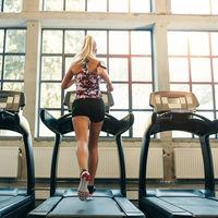 Así es como las máquinas de cardio del gimnasio te ayudan a perder el peso extra de la Navidad