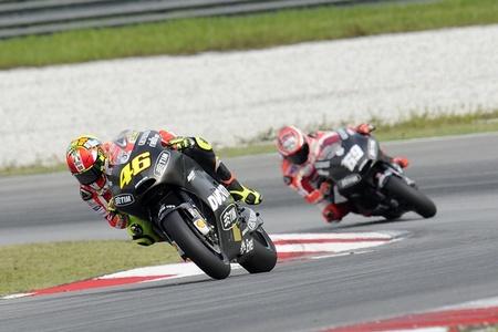 Valentino Rossi y Nicky Hayden pasan por el quirófano de nuevo