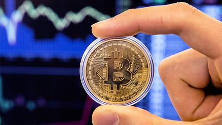 Facebook prohíbe los anuncios de ICOs y criptomonedas, incluido el Bitcoin
