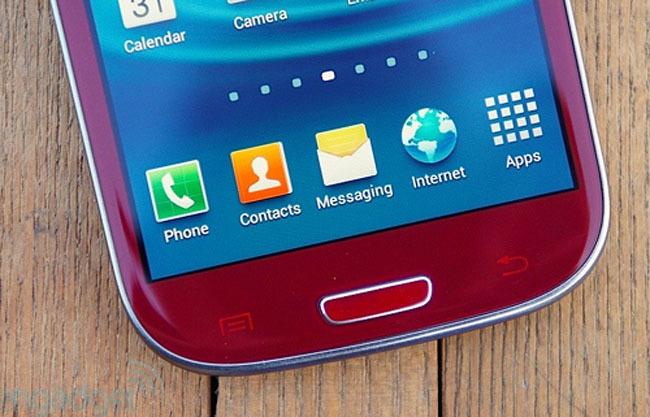 Samsung Galaxy SIII versión Garnet Red