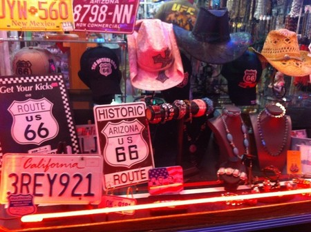 Mi experiencia conduciendo por la mítica Ruta66 (II): Williams y la venta de souvenirs