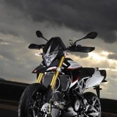 Foto 18 de 103 de la galería aprilia-dorsoduro-1200-mega-galeria-de-fotos-oficiales en Motorpasion Moto