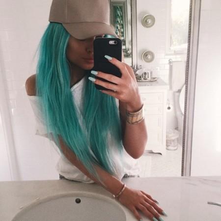 Kylie Jenner Azul