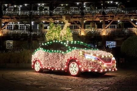 Nissan te dice cómo convertir tu LEAF en un brillante árbol de Navidad ambulante
