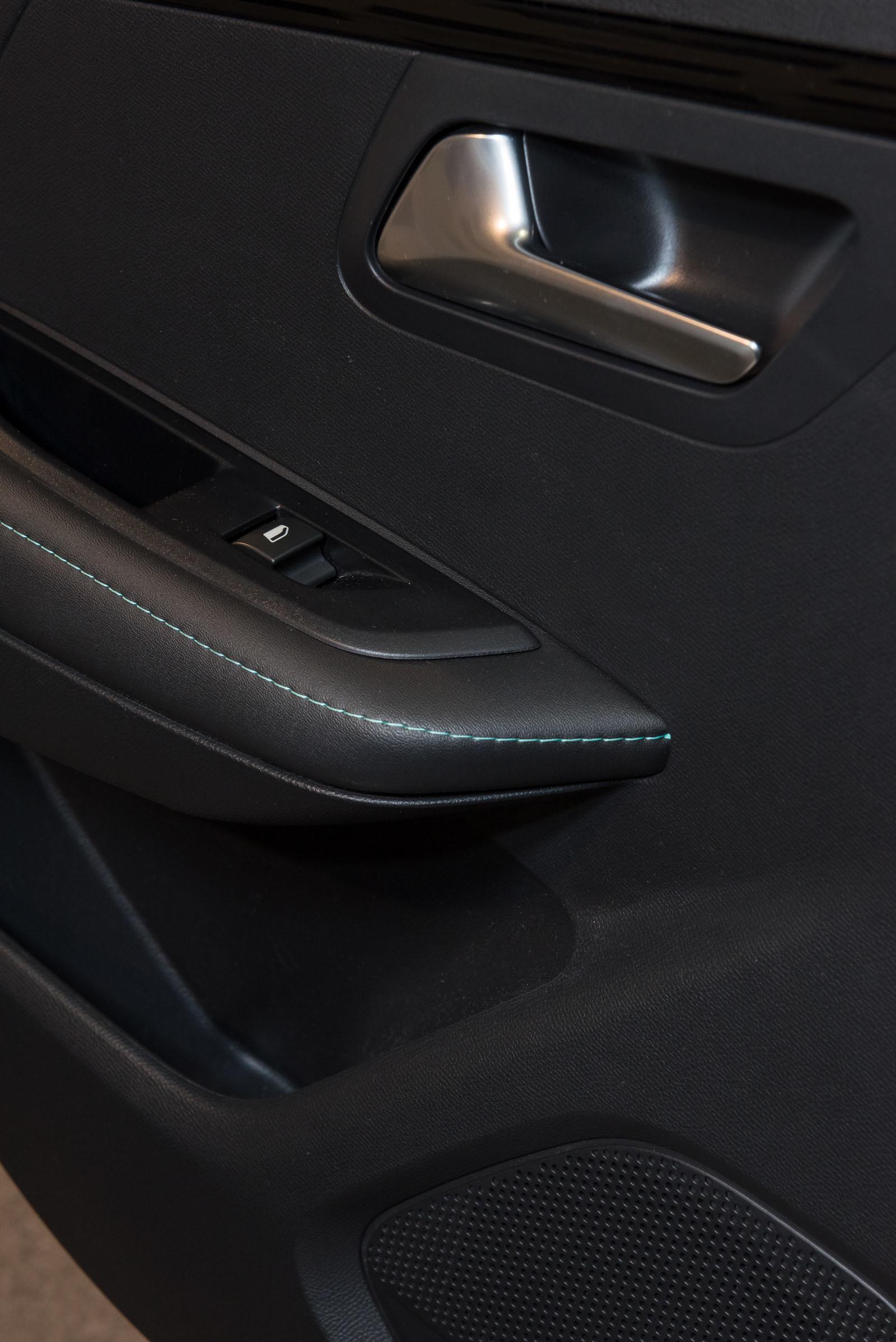 Foto de Peugeot 208 y e-208 2019 (presentación estática) (59/64)