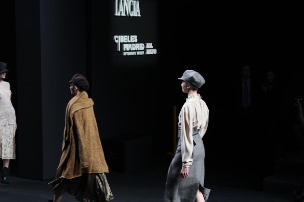 Foto de Jesús del Pozo en la Cibeles Fashion Week Otoño-Invierno 2011/2012 (46/71)