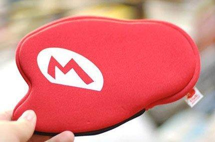 La gorra de Mario como funda para la DS