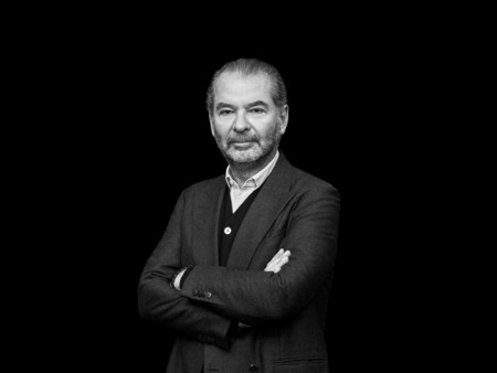 Grupo Moncler Se Suma A La Lucha Donaran 10 Millones De Euros Para Construir Un Hospital En Tiempo Record En Lombardia