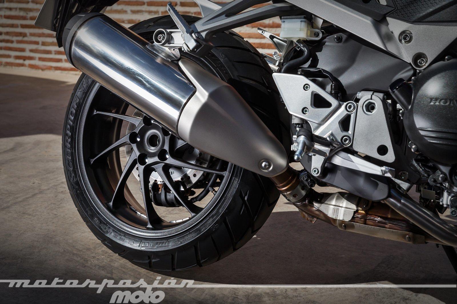 Foto de Honda VFR800X Crossrunner - Detalles (21/56)
