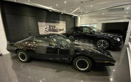 El misterioso caso del coche fantástico de David Hasselhoff subastado
