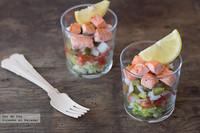 Ensalada multicolor con salmón salteado. Receta