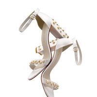 Los zapatos de novia de Stuart Weitzman son de alfombra roja ¡Impresionantes!