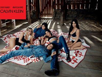 Las hermanas Kardashian posan juntas para Calvin Klein: la polémica y los rumores están servidos