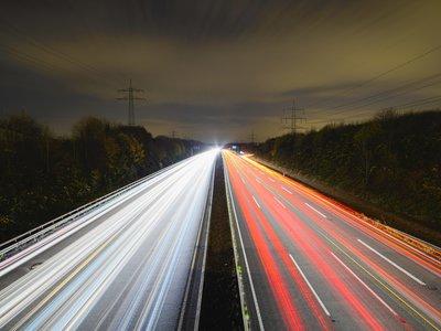 Así son los límites de velocidad en el mundo
