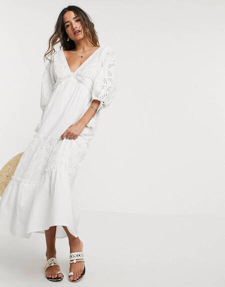 Vestido Largo A Capas Con Bordado En Color Crema De Asos Design
